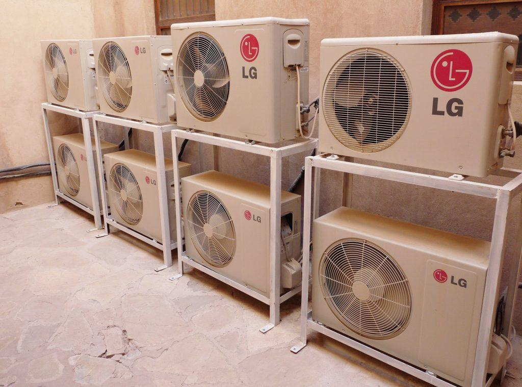 pulizia unità esterna climatizzatore